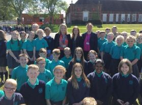 Head of Daily Mile Foundation UK Visits Strandtown P.S.